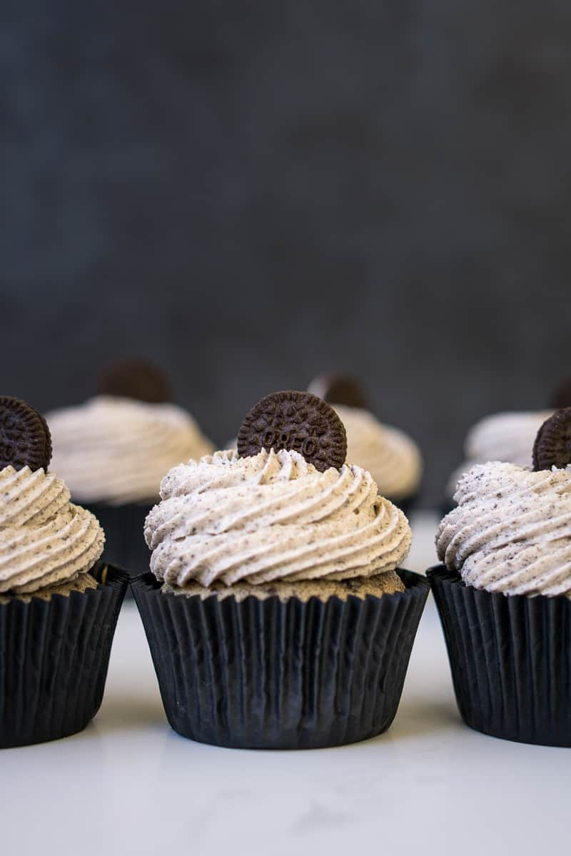 Cookies & Cream Cupcakes (Vegan)