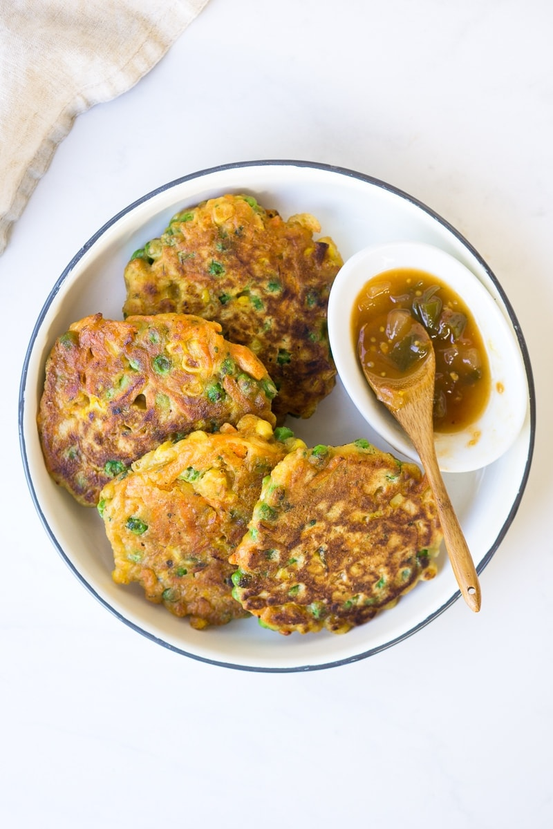 Vegetable Fritters with Tomato and Capsicum Chutney